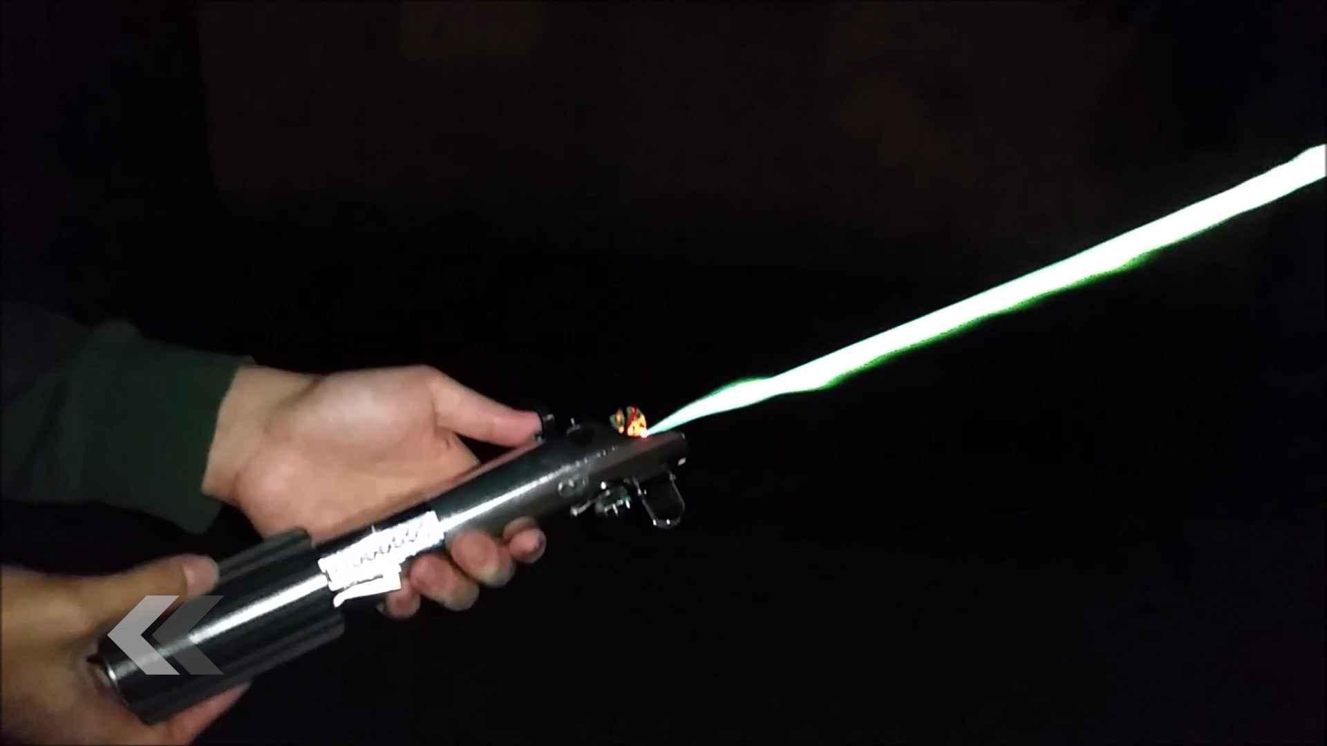 vrai-sabre-laser-star-wars-11670